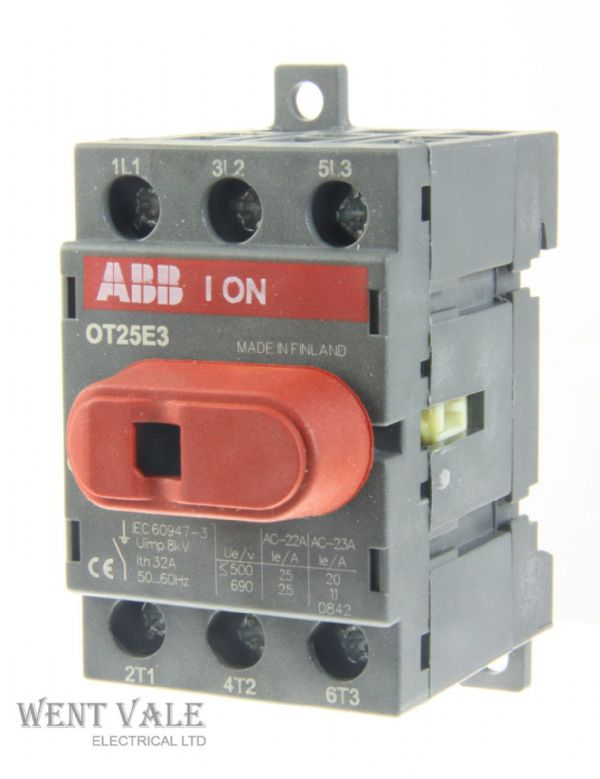 ABB 0T25E3 - 32a Triple Pole Panel Mount Switch Disconnector Un-used
